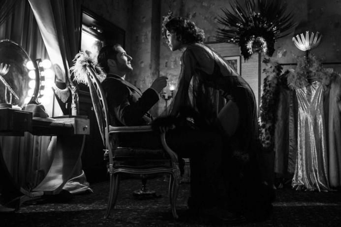 Maze e Lucifer nella quinta stagione, in un episodio a tema noir