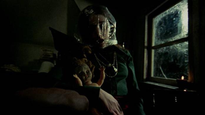 Lynne Griffin interpreta Clare Harrison, la prima vittima dell'assassino