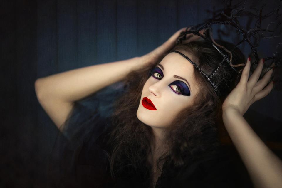Streghe e vampire: i migliori costumi per donna in stile fetish gothic