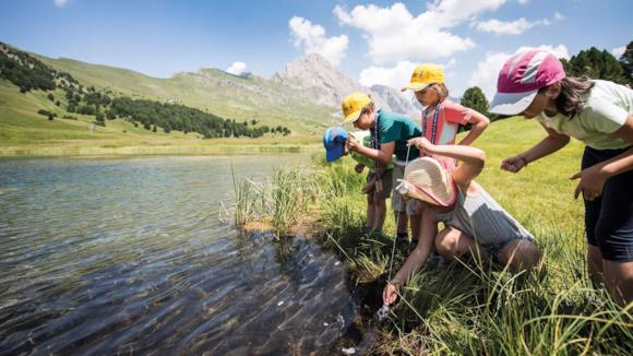 Bambini al lago