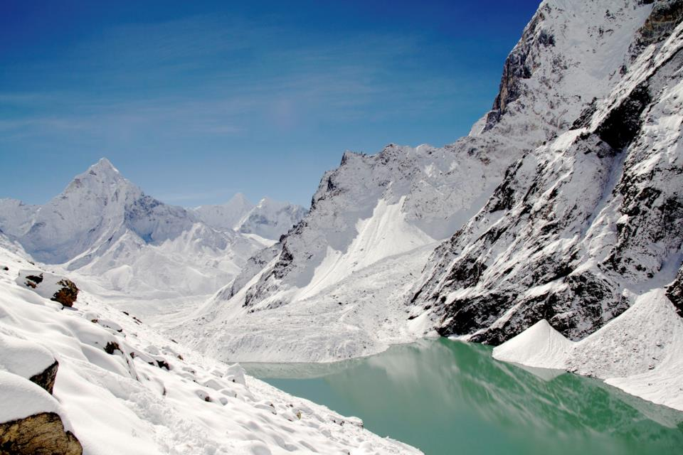 Montagne dell'Himalaya in Nepal