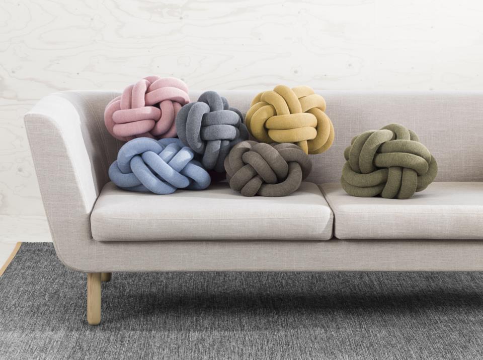 Regali per la casa: cuscini Knot