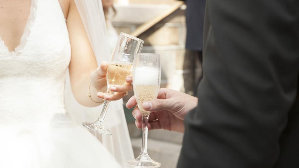 Quali coppie di bicchieri da champagne scegliere per il matrimonio