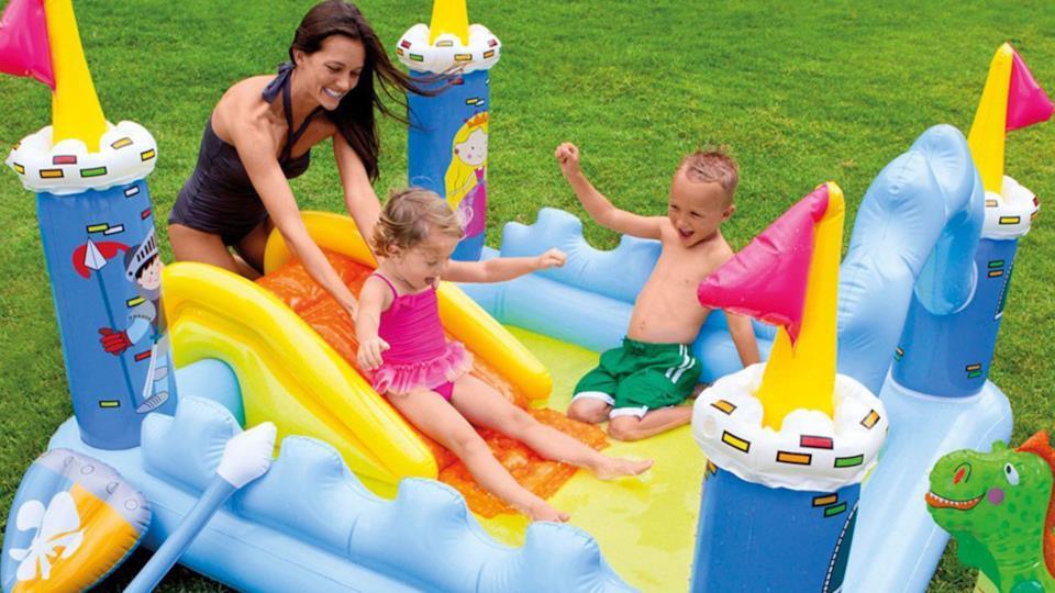 Come scegliere la migliore piscina gonfiabile per bambini e neonati