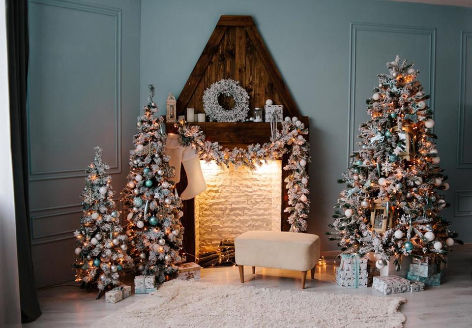 Alberi di Natale eleganti argentati