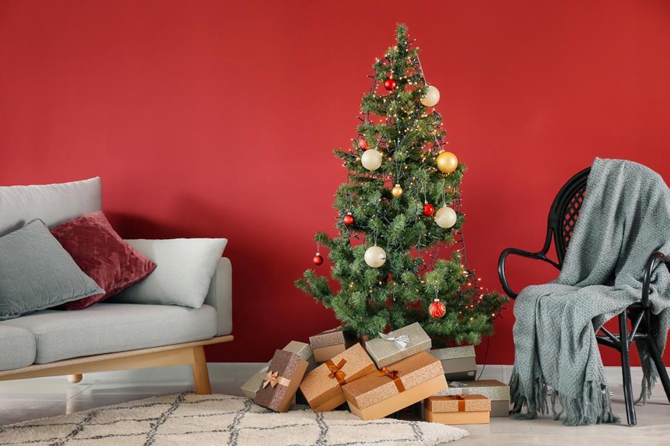 Albero di Natale mini rosso e oro