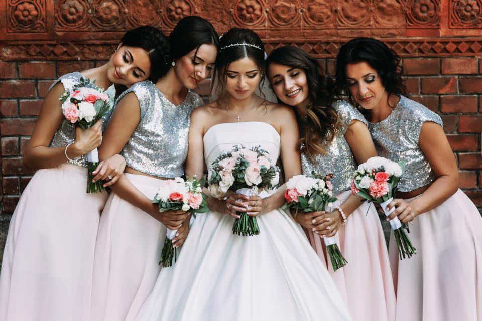 Consigli su come vestirsi a un matrimonio