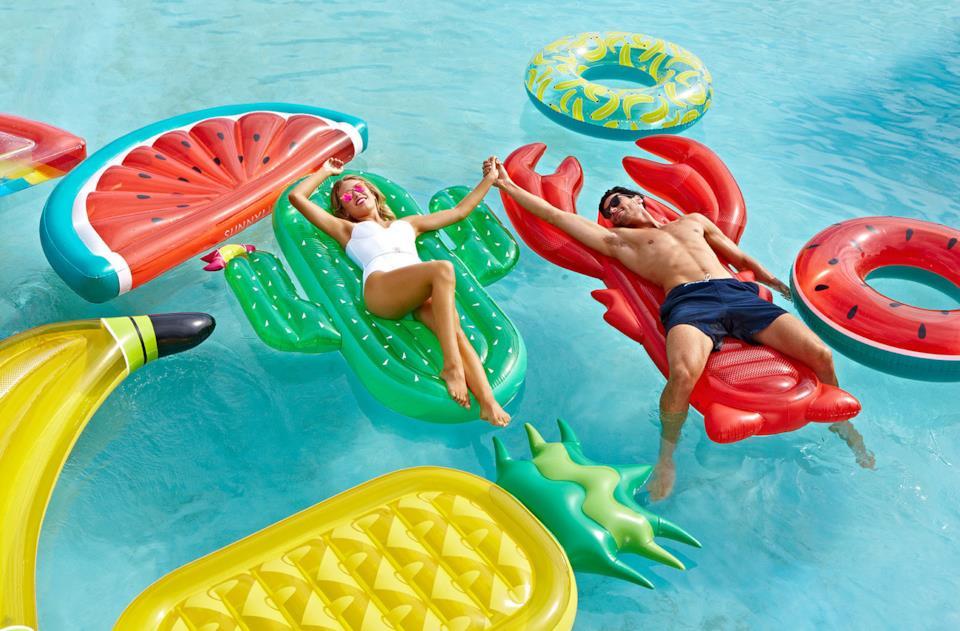 Materassini gonfiabili da piscina di Sunnylife