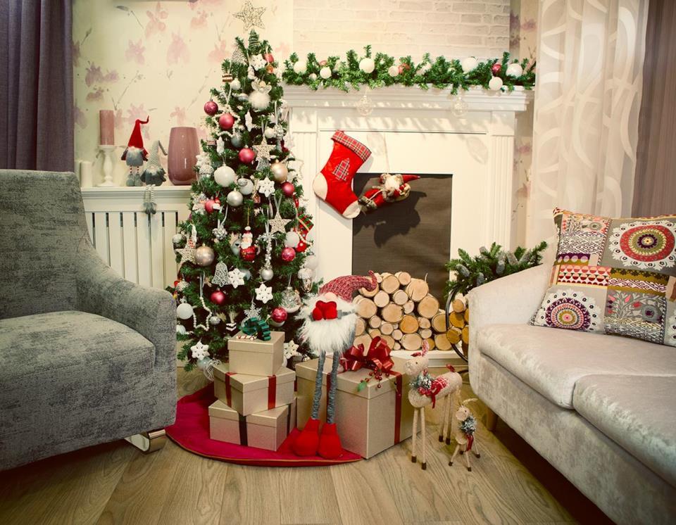 Albero di Natale super slim in salotto