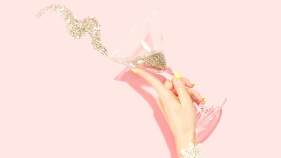 Champagne: come maneggiare il bicchiere