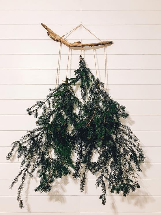 Un albero di Natale da parete minimal