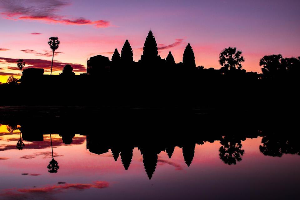 Profilo dell'Angkor Wat in Cambogia al tramonto