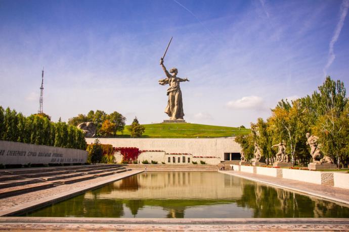Statue of Mother Russia, Volgograd