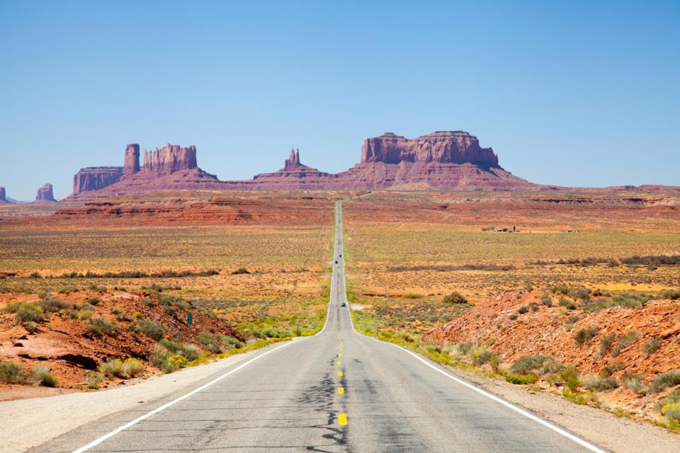 Monument Valley Road in the US