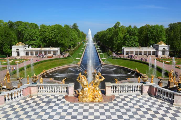 Peterhof palace in St. Petersburg