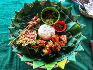 Indonesian cuisine: what to eat region by region