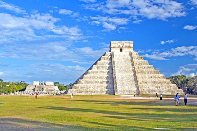 Mayan pyramid in Chichen Itza, Mexico