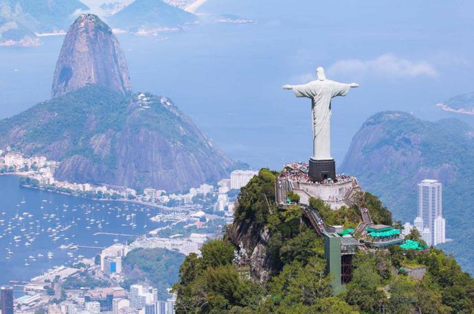 Statue of Christ the Redemeer, Rio de Janeiro, Brazil