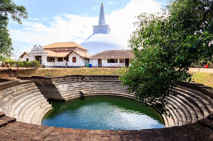 Anuradhapura buddhist stupa, Sri Lanka