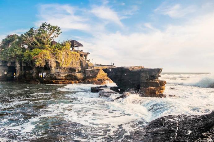 Vista del tempio di Tanah Lot a Bali, Indonesia