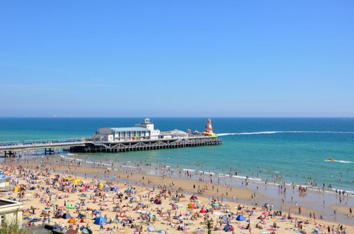 Il caratteristico molo di Bournemouth Beach