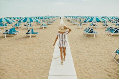 In vacanza senza di lui: le destinazioni migliori dell'estate per donne single