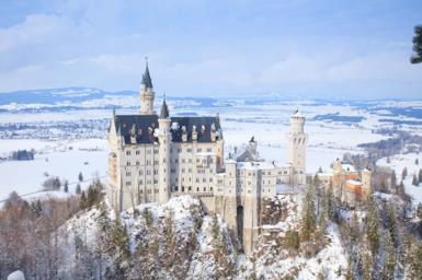 I 10 castelli più spettacolari al mondo da vedere quest'inverno