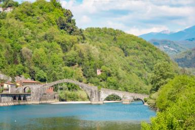 Un weekend magico: 5 mete misteriose e suggestive in Italia