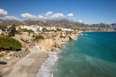 Mediterraneo, le destinazioni mare emergenti per le vacanze estive