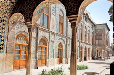 Il bello di un viaggio in Iran? Perdersi tra i giardini persiani