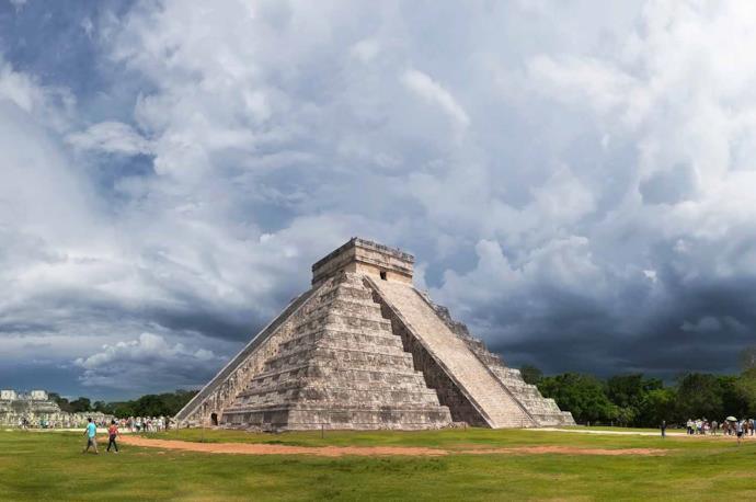Piramide di Chichen Itza in Yucatan, Messico