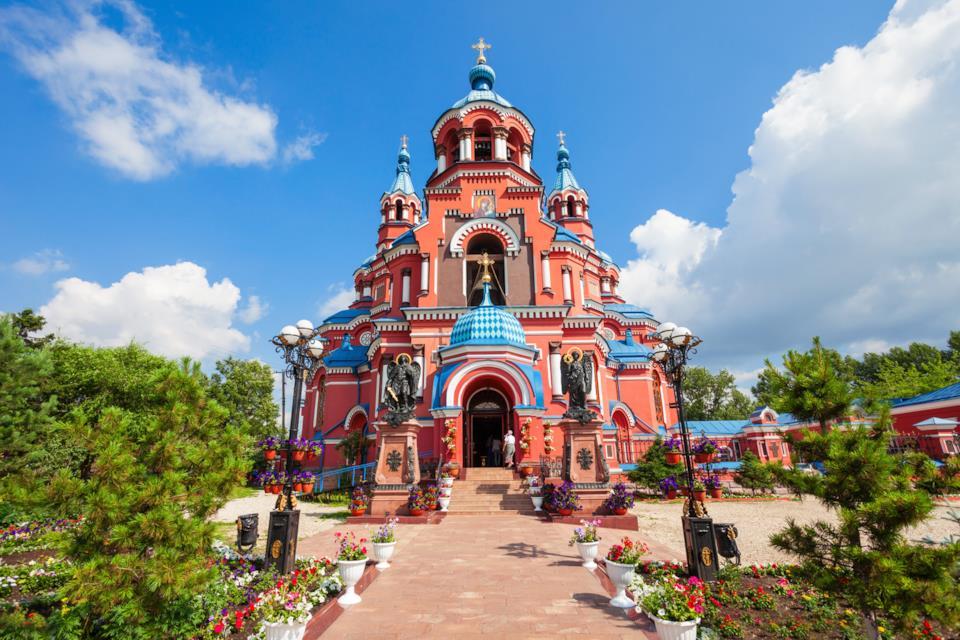Esterno della cattedrale di Kazan a Irkutsk in Russia