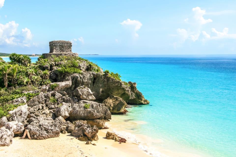 Spiaggia di Tulum con rovine Maya