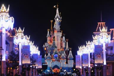 Disneyland Paris: come organizzare il viaggio, quando andare, come risparmiare e quali attrazioni visitare