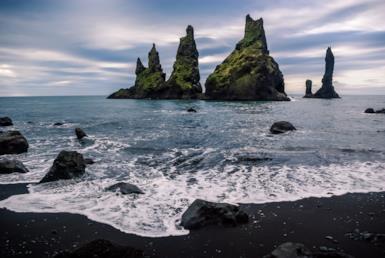 Sabbie dalle tinte insolite: ecco le spiagge più colorate del mondo
