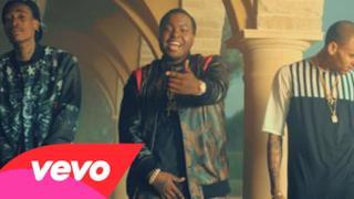 Sean Kingston ft. Chris Brown & Wiz Khalifa - Beat It (Video ufficiale e testo)