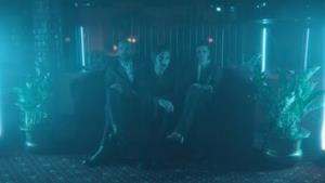 Baustelle - Amanda Lear (Video ufficiale e testo)