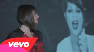 Alessandra Amoroso - L'hai dedicato a me (Video ufficiale e testo)