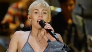 Miley Cyrus - SMS Bangerz (live MTV Unplugged 2014)
