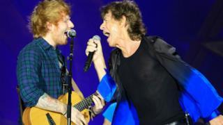 Rolling Stones, duetto con Ed Sheeran sulle note di Beast Of Burden (video)