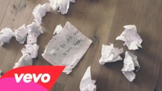 Justin Bieber - Sorry (Video Lyrics)