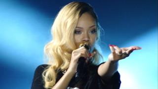 Rihanna concerto completo Diamonds Tour