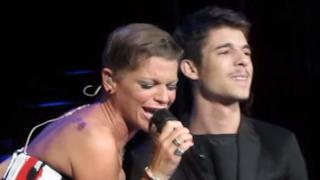 Alessandra Amoroso: Urlo E Non Mi Senti con Moreno all'Arena di Verona (video)