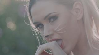 Oliver Heldens - Melody (Video ufficiale e testo)