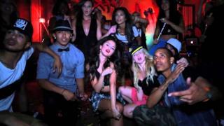 Selena Gomez - Birthday - Video, traduzione e testo