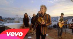 Rod Stewart - Love Is (Video ufficiale e testo)