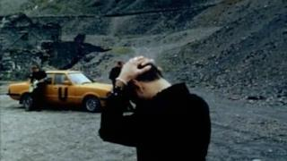 Depeche Mode - Useless (Video ufficiale e testo)