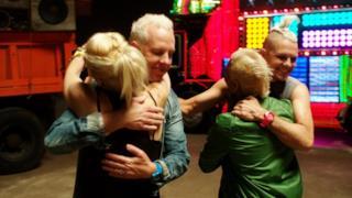 No Doubt - Settle Down (Video ufficiale e testo)