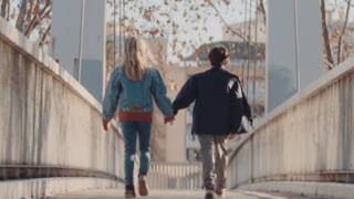 Michael Calfan - Nobody Does It Better (Video ufficiale e testo)