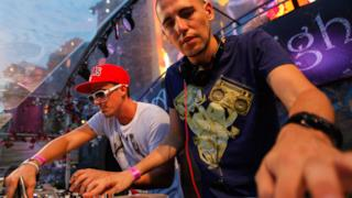 Tomorrowland 2012 - Skrillex, Paul Van Dyk, Dimitri Vegas & Like Mike
